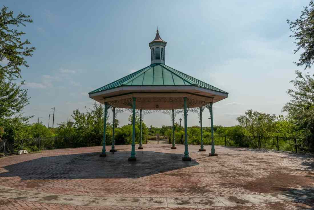 Abandoned Six Flags New Orleans-60