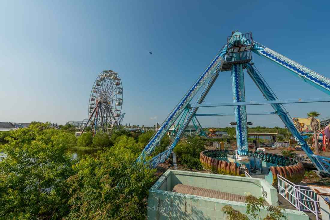 Abandoned Six Flags New Orleans-70
