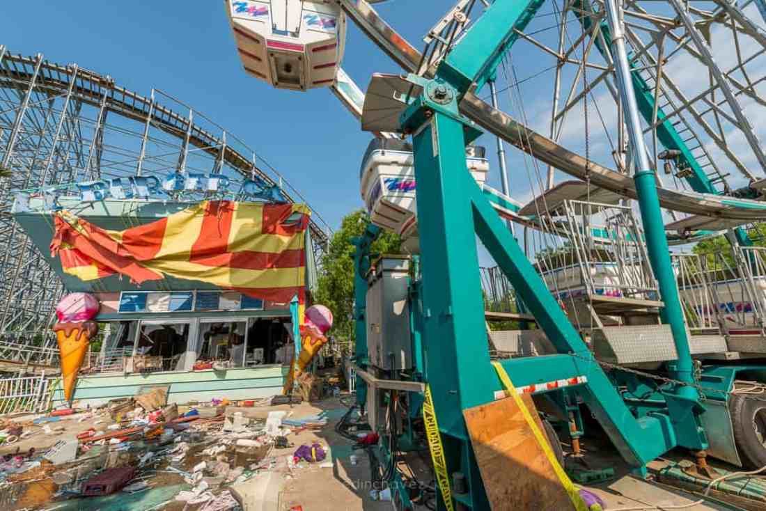Abandoned Six Flags New Orleans-79