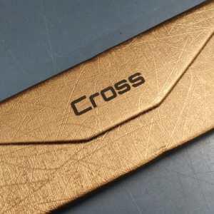 Case Cross