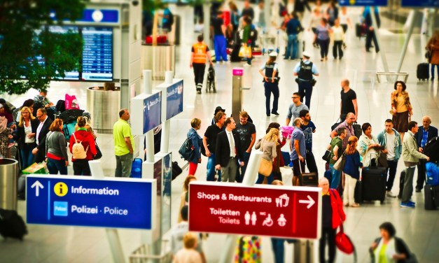 Tips for a Smooth Check In and Check Out at the Airport
