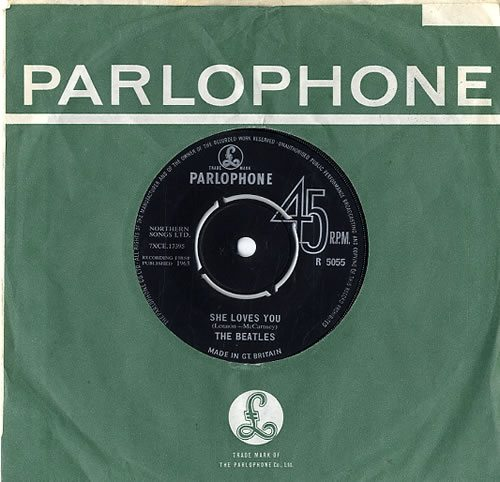 The-Beatles-She-Loves-You---2-592420