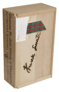 Christmas Wine Bottle/Decanter Box 1984 US festive box set containing a bottle of Chateau St Jean Chardonnay and custom engraved decanter with 'Noel' and a 'Frank Sinatra' signature