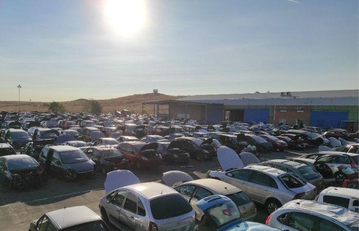 reciclaje de piezas de coche en el desguace