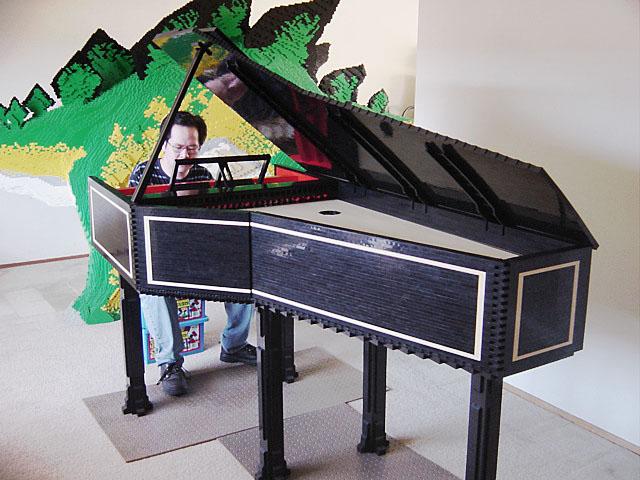 harpsichordhenrytocando