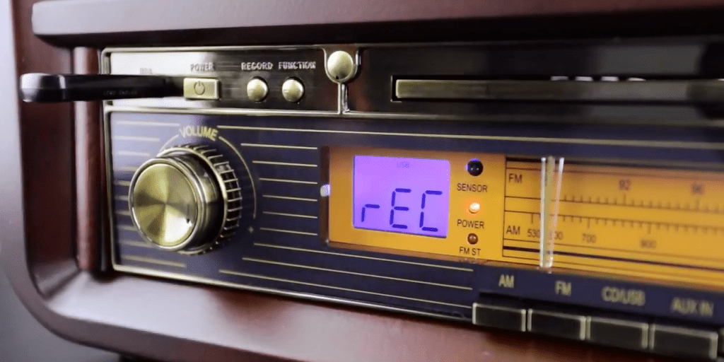 How to Record Vinyl Records to USB/MP3 – Electrohome Signature (EANOS700)