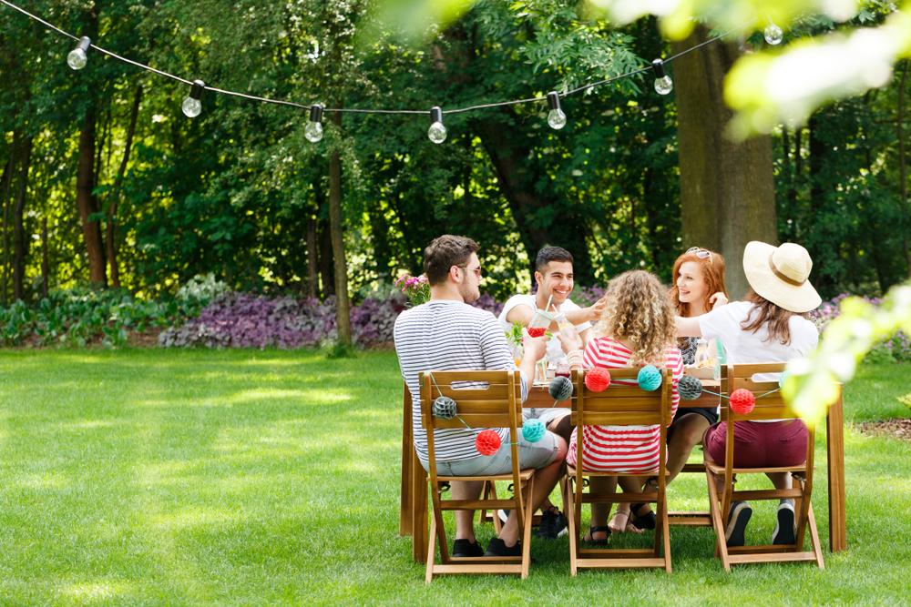 cum organizezi o petrecere in gradina