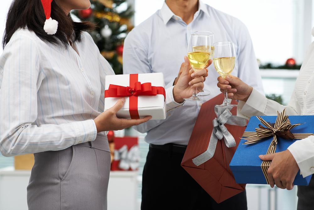 cadouri pentru colegi