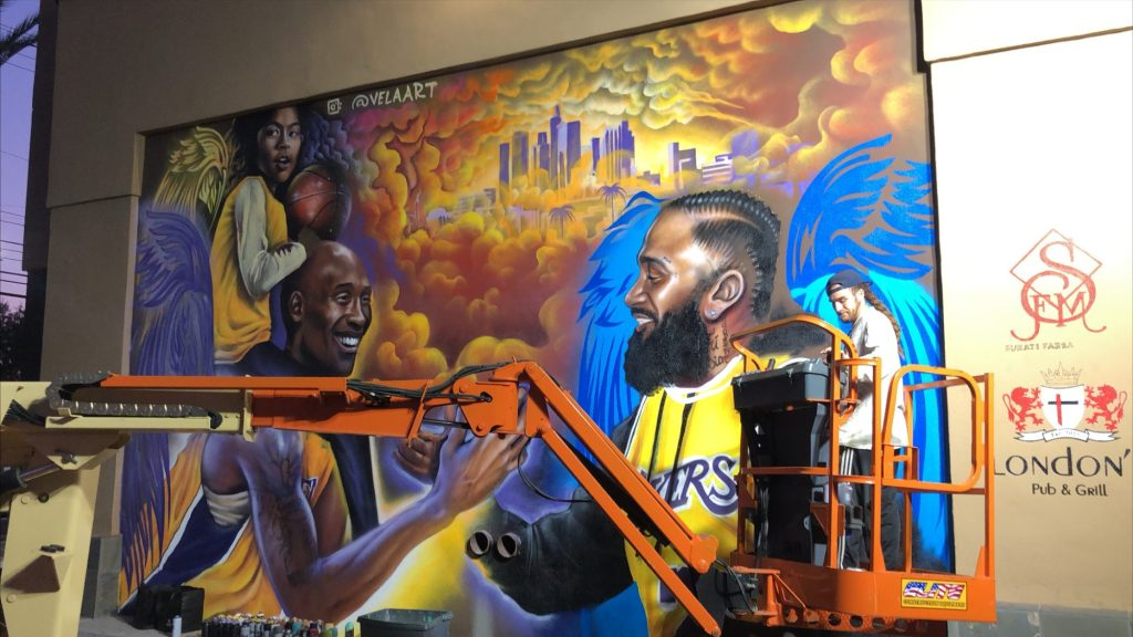 Elite Construction Equipment Contributes to Kobe Bryant Memorial Mural