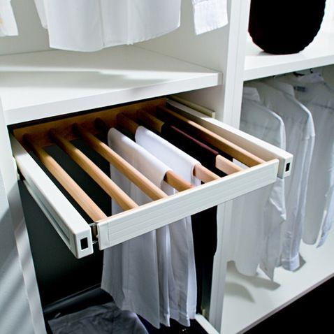 15. Los pantalones pueden colgarse en cajones con barrotes como estos: