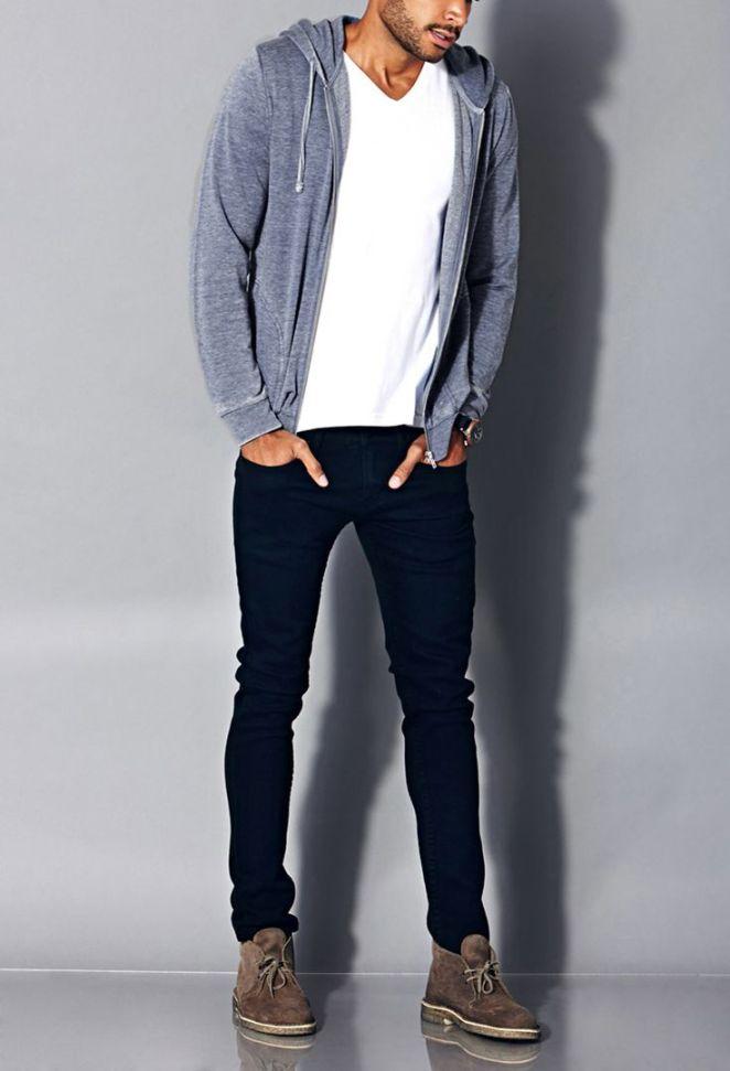 3. Jean oscuro, remera blanca y campera de frisa.
