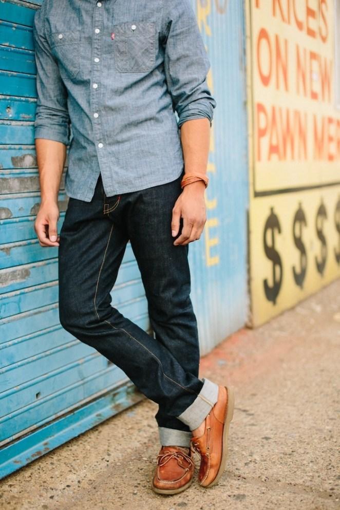 11. Jean con camisa de jean.