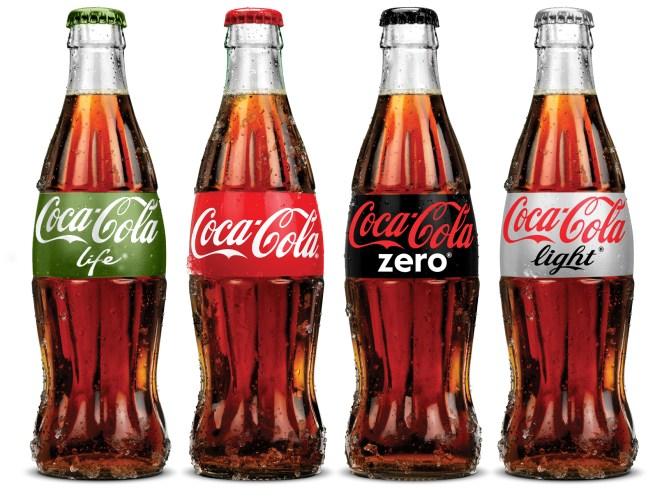 10. Coca cola: en vez de tomártela, podés usarla para remover el óxido y un montón más de cosas útiles