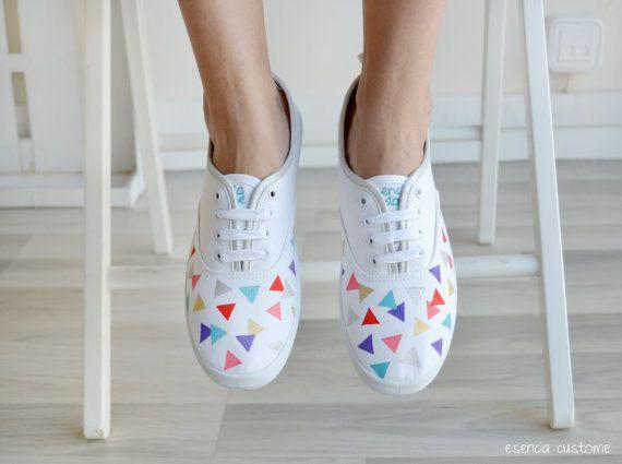 8. Estas se pueden hacer con un stencil y varios colores