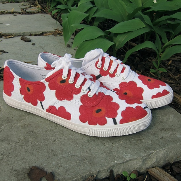 17. Flores al estilo del artista Marimekko