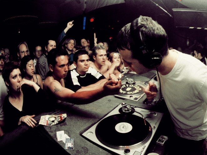 Sasha/Danny Howells/Anthony Pappa y otros DJs de progressive