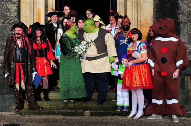 15. Una boda con la temática de Shrek fue real.