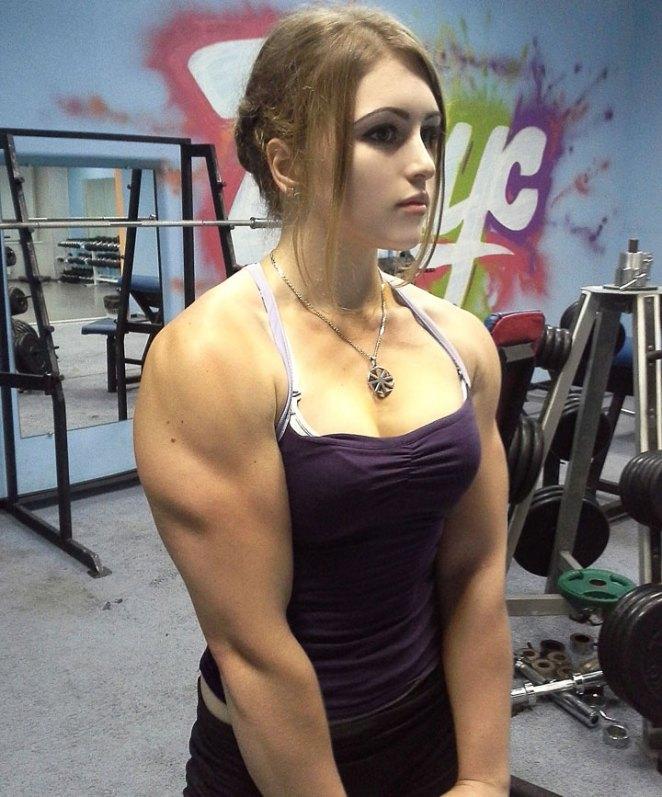 Su nombre es Yulia Viktorovna Vins, su pasión es ejercitarse