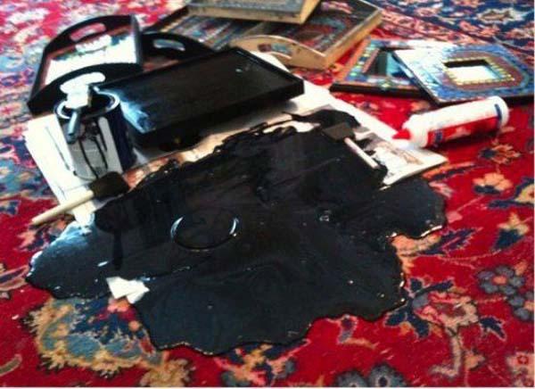 23. ¿Cómo se saca pintura negra de una alfombra oriental?