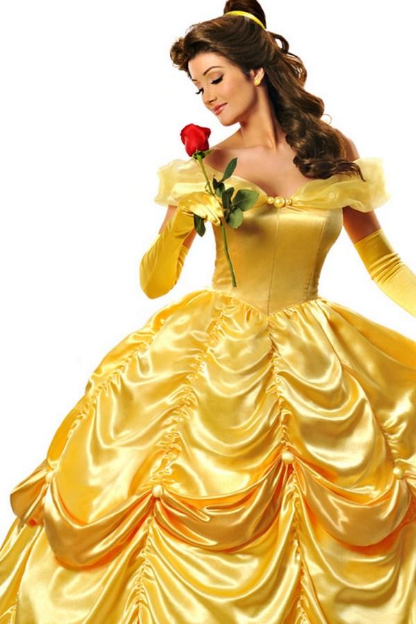 16. Y con el vestido de princesa...