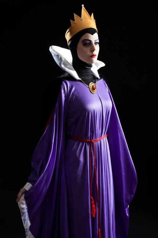 32. Reina Grimhilde de Blancanieves y los Siete Enanitos