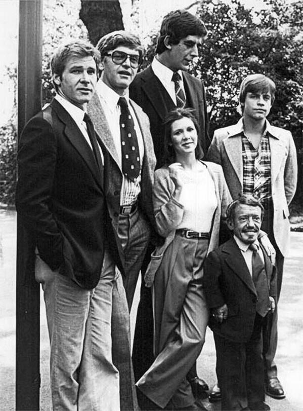 9. Los actores de Star Wars antes de prepararse para actuar.