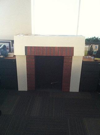 4. Así es como queda la chimenea con las dos cajas laterales cerradas y una encima abierta