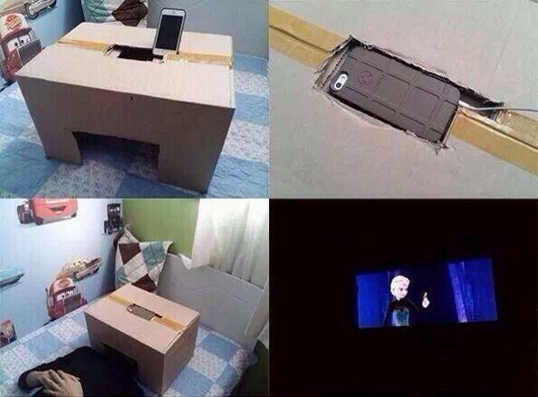 21. Convertí tu teléfono en un cine personal.