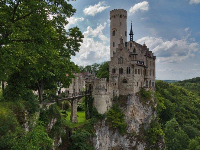 1. Castillo de Lichtenstein, Alemania