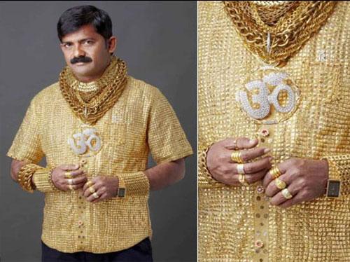 1. Camisa de oro puro