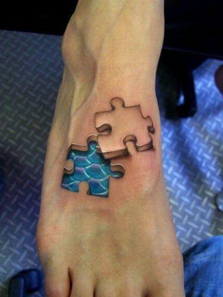5. Se tatuó un agujero.