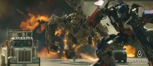 7. Las escenas de pelea de Transformers siempre son violentas.