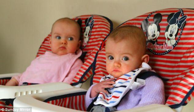 16. Los mellizos pueden nacer con días, semanas y hasta meses de diferencia.