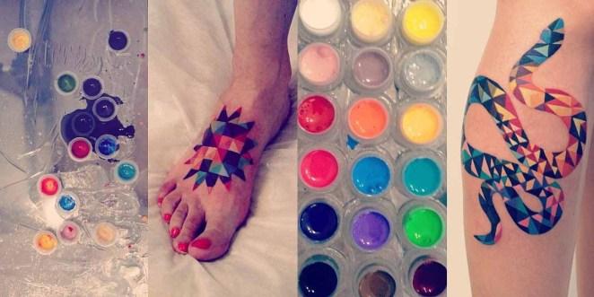 Sus tatuajes se caracterizan por tener colores vivos y muchas veces formas geométricas