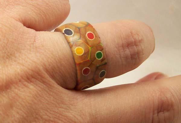 ¿Quién no pagaría por llevar un anillo como éste?