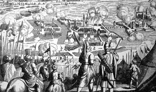 18. En 1788 el ejército austríaco se atacó accidentalmente a sí mismo y perdieron 10.000 hombres.