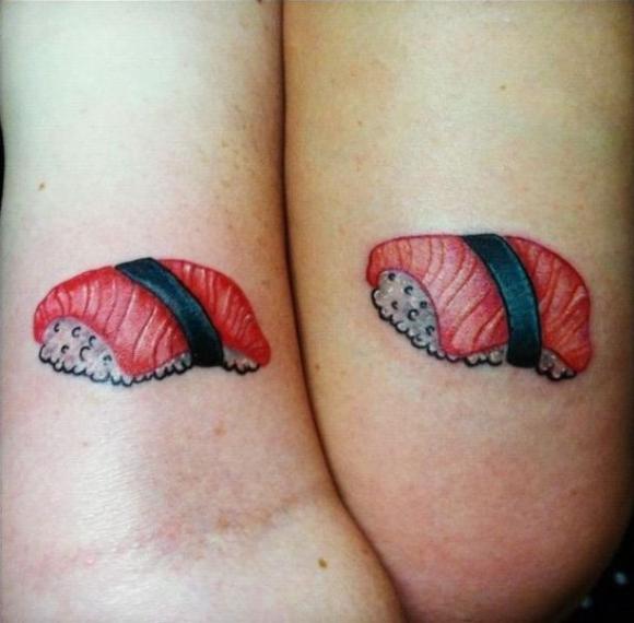2. ¿No es hermoso el amor entre las piezas de sushi?