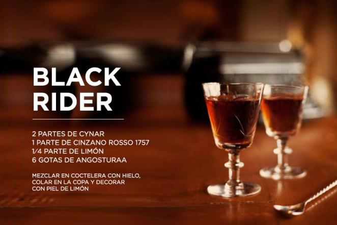 14. El Black Rider se llama así por un disco de Tom Waits. Nunca el mezcal tuvo tanto rock.