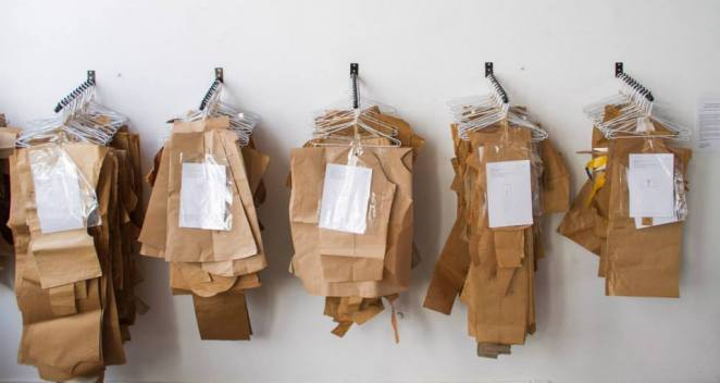 Diseñadores aportaron moldes de diferentes prendas.