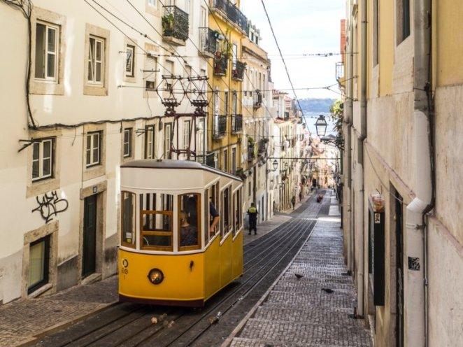 9. Lisbon, Portugal — £208.85 (4.80).