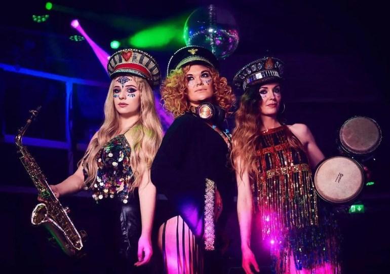 Girls That Mix - DJ Live