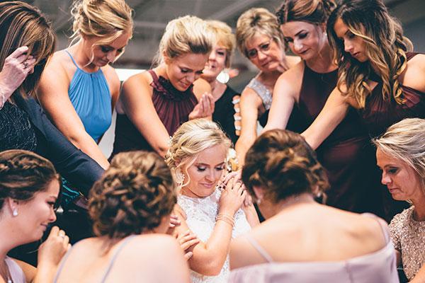 Top 10 bridesmaids' duties.
