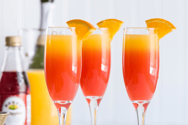 How to choose the perfect cocktail for your wedding.