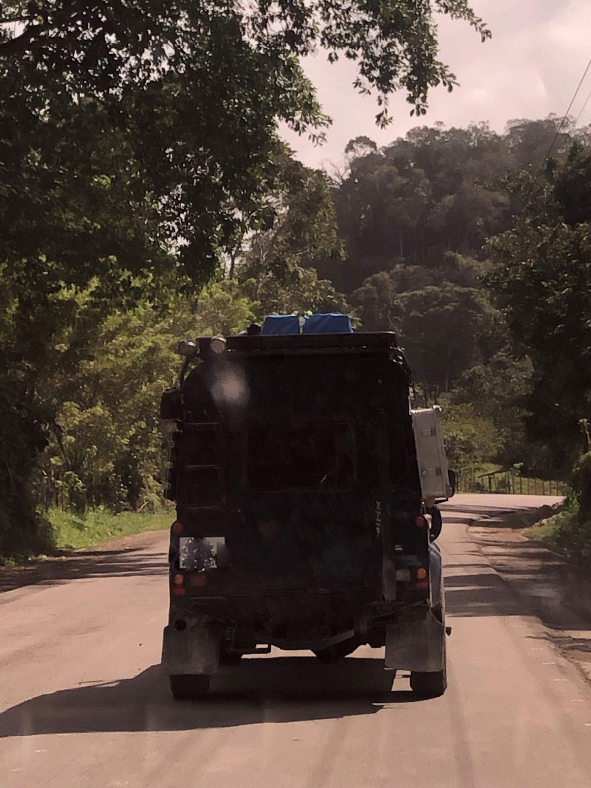 road-drive-guatemala.jpg