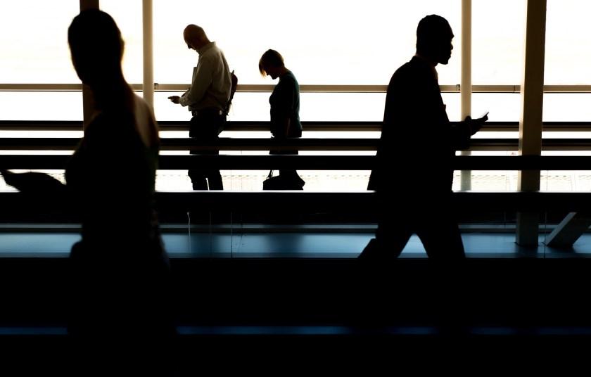 La ausencia injustificada al trabajo por un día no es causal de despido
