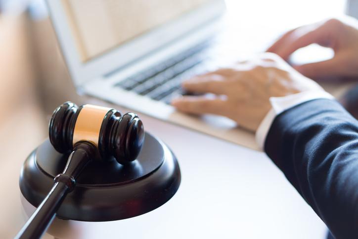 Suspenden el registro de abogados que plantean inconstitucionalidades de la L.27348