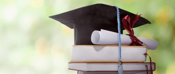 Nuevo sistema de certificaciones efectivo en tiempo real respetando el principio de economía procedimental, evitando demoras innecesarias y permitiendo el acceso a los diplomas por parte de los graduados, de modo que puedan ejercer sus profesiones sin dilaciones.