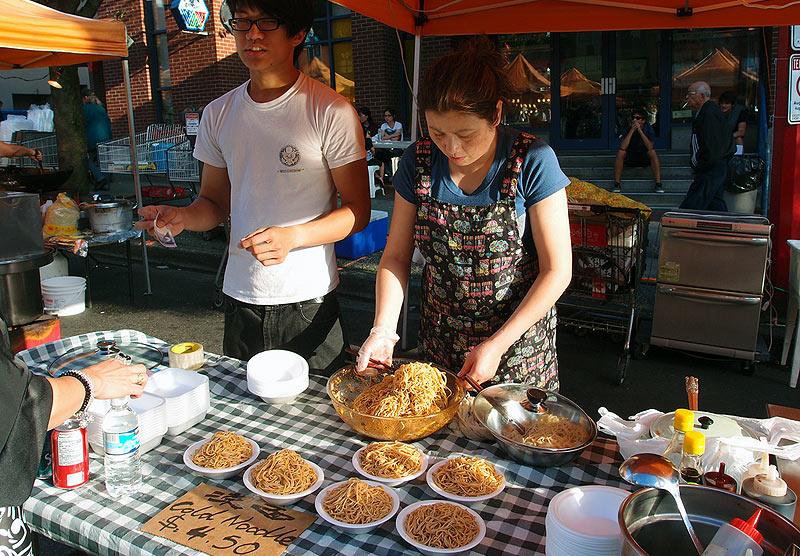 vancouver-chinatown-night-market