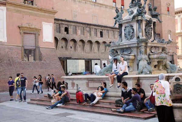 Bologna piazza