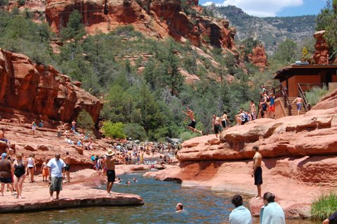 Slide-Rock-State-Park crowd